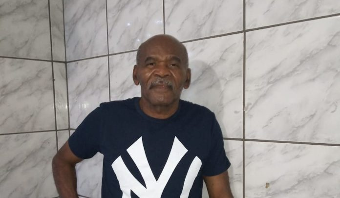 IMG 20200413 WA0225 696x405 1 - LUTO: Morre aos 72 anos o ex-goleiro pernambucano 'Gato Félix'