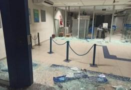 Agência da Caixa Econômica é depredada em Bayeux