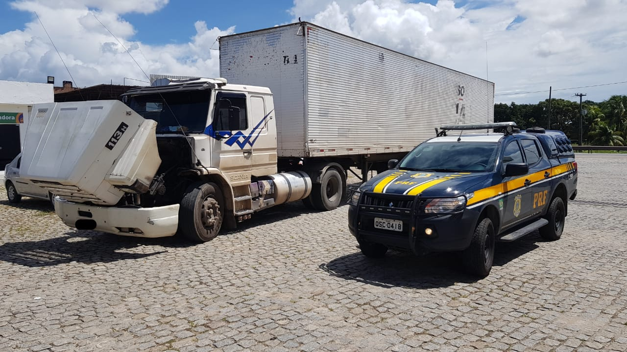 WhatsApp Image 2020 04 20 at 09.51.31 - PRF na Paraíba recupera caminhão roubado há 17 anos