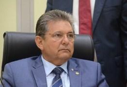 Adriano Galdino garante apoio ao candidato de João em CG, mas faz ressalva: 'Na Capital a decisão cabe a Felipe Leitão'