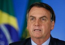 Bolsonaro critica proposta de governadores do Nordeste para contratação de médicos formados no exterior; VEJA VÍDEO