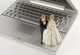 SOB AS BÊNÇÃOS DA TECNOLOGIA: Juíza realiza casamento por videoconferência em Campina Grande