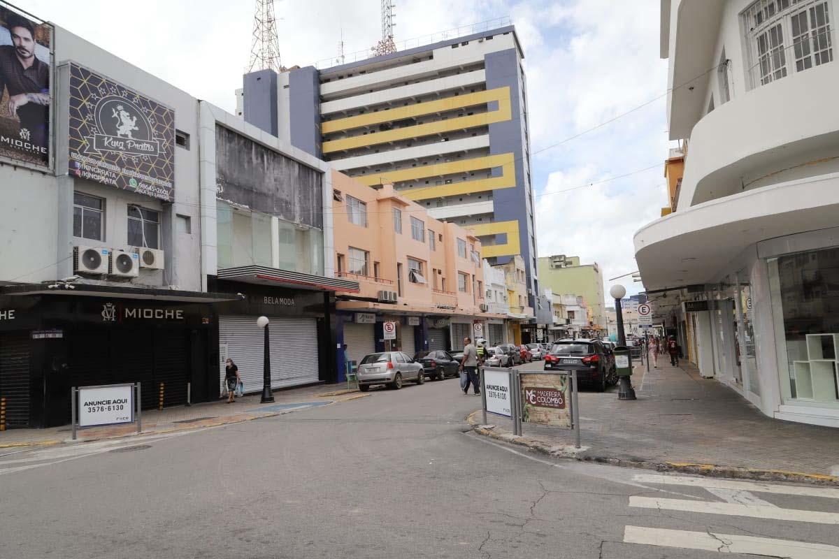 comercio cg0604 - Comércio fechado: Justiça nega pedido da CDL para reabrir lojas em Campina Grande