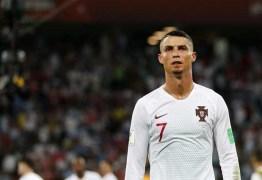 Cristiano Ronaldo treina no campo de seu 1° clube em Portugal