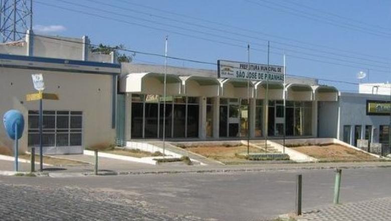 ebe2de0975b2482a36761d8ad25f748f 780x440 - Prefeitura de São José de Piranhas anuncia pagamento da 1ª parcela do 13º e antecipação dos salários de maio para o dia 10