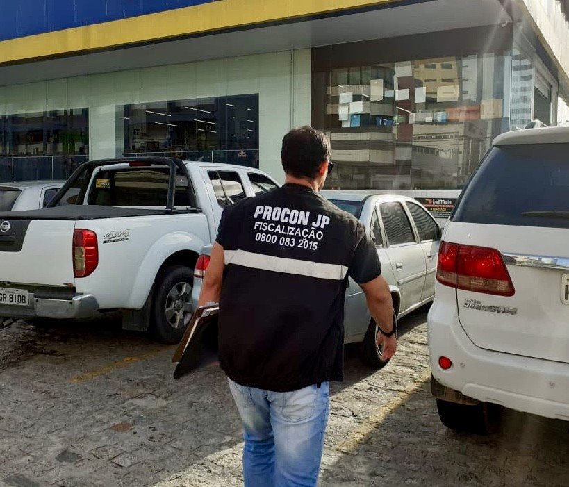 fotosdia6 - FISCALIZAÇÃO: Três supermercados são autuados por alta de preço e 28 empresas que descumpriam quarentena são fechadas em João Pessoa