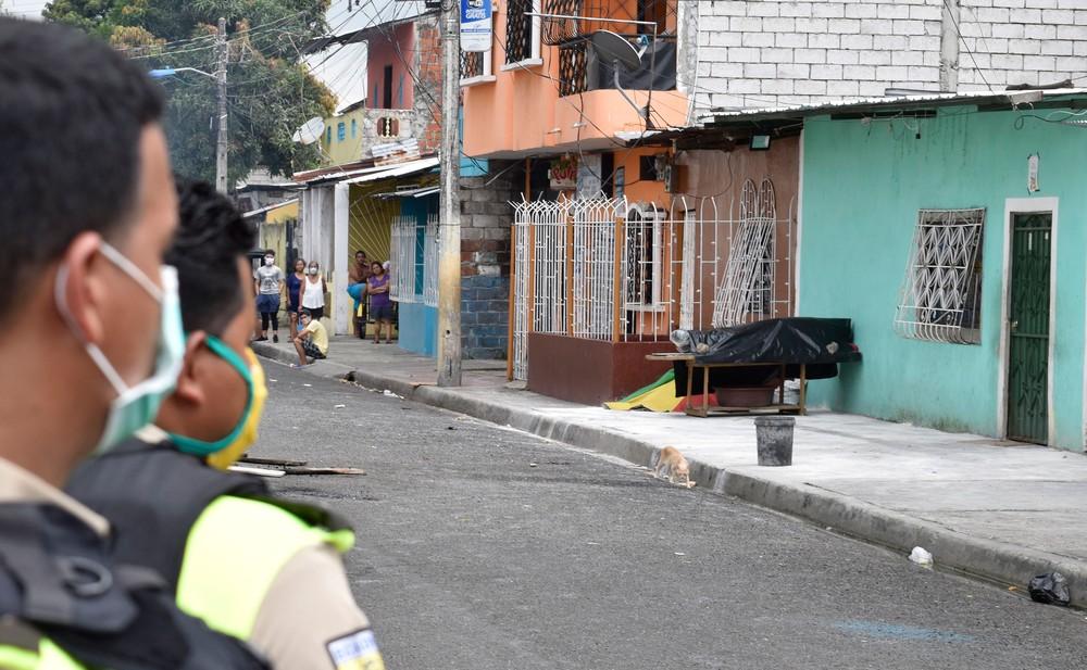 guayaquil - Província mais atingida no Equador tem 6,7 mil mortes em 15 dias