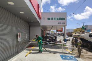 higienização ruas jp 300x200 - PMJP inicia Força-Tarefa de higienização em ruas e avenidas de bairros e comunidades da Capital