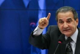 'Povo é enganado por quarentena de araque', acusa Malafaia