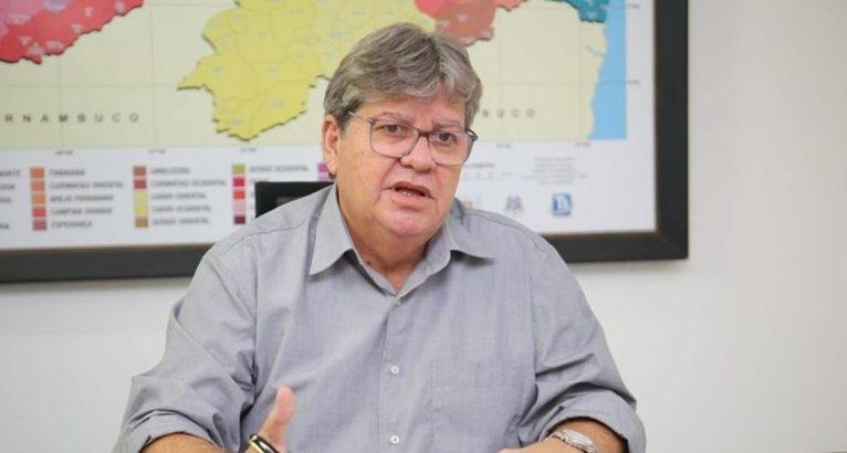 joao azevedo 1 e1587469651816 - MAIS QUINZE DIAS: João Azevêdo prorroga medidas de isolamento social e torna obrigatório uso de máscaras em espaços públicos da PB