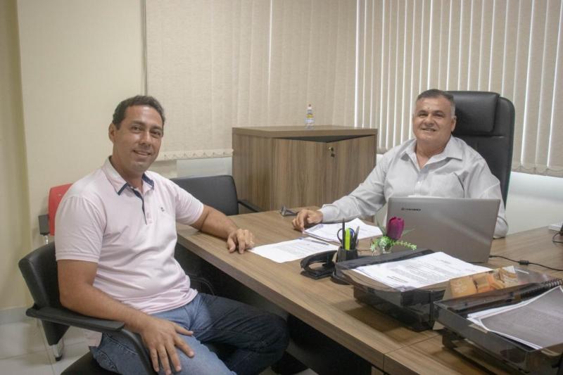 leo e bolao - OPOSIÇÃO UNIDA: Léo Bandeira e ex-prefeito Bolão se unem para disputar Eleições 2020 em Lucena