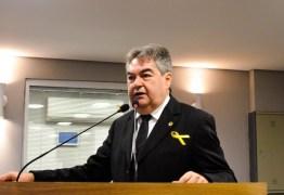 Lindolfo Pires ganha sobrevida na ALPB com pandemia e permanência temporária de Hervázio Bezerra na Secretaria de Esportes