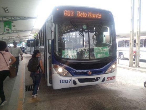Parte dos ônibus urbanos de Campina Grande volta a circular nesta segunda-feira