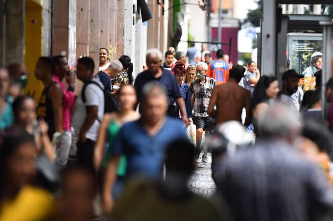 quarentena 1 - CORONAVÍRUS: Distanciamento social pode ser acionado até 2022, diz estudo