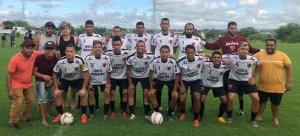 quarentena marcelinho 300x136 - Em quarentena, Marcelinho Paraíba reúne amigos e participa de pelada em Campina Grande