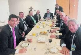 Centrão crítica saída de Teich e reavalia apoio ao governo Bolsonaro