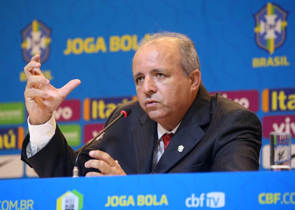 2019 05 16t143714z 522864159 rc141a8a3bb0 rtrmadp 3 soccer worldcup bra - Vadão, ex-técnico da seleção feminina, está internado na UTI