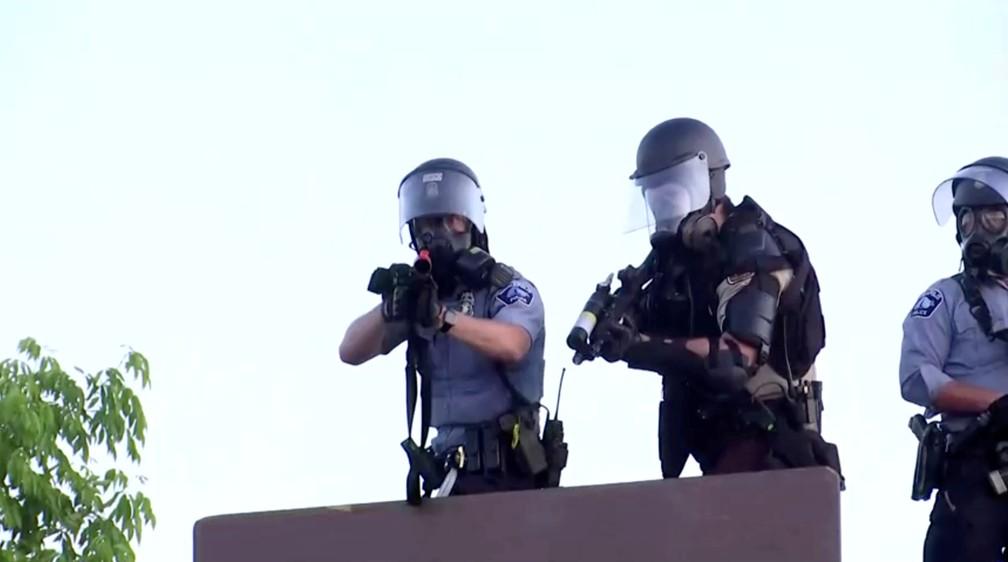 2020 05 31t070426z 1249521756 rc2izg9vdhsl rtrmadp 3 minneapolis police protest update - EUA têm 25 cidades sob toque de recolher e 1,6 mil detidos em protestos antirracistas