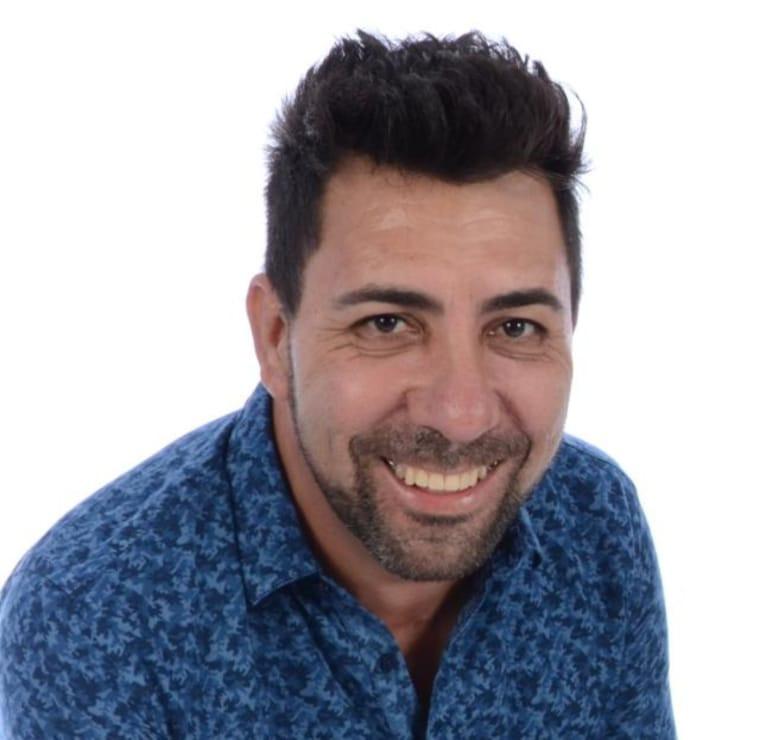 20200505094124 cotidiano musico ponteserradense morre apos sofrer infarto fulminante 1 - DESPEDIDA: Cantor sertanejo morre depois de se apresentar ao vivo no Facebook
