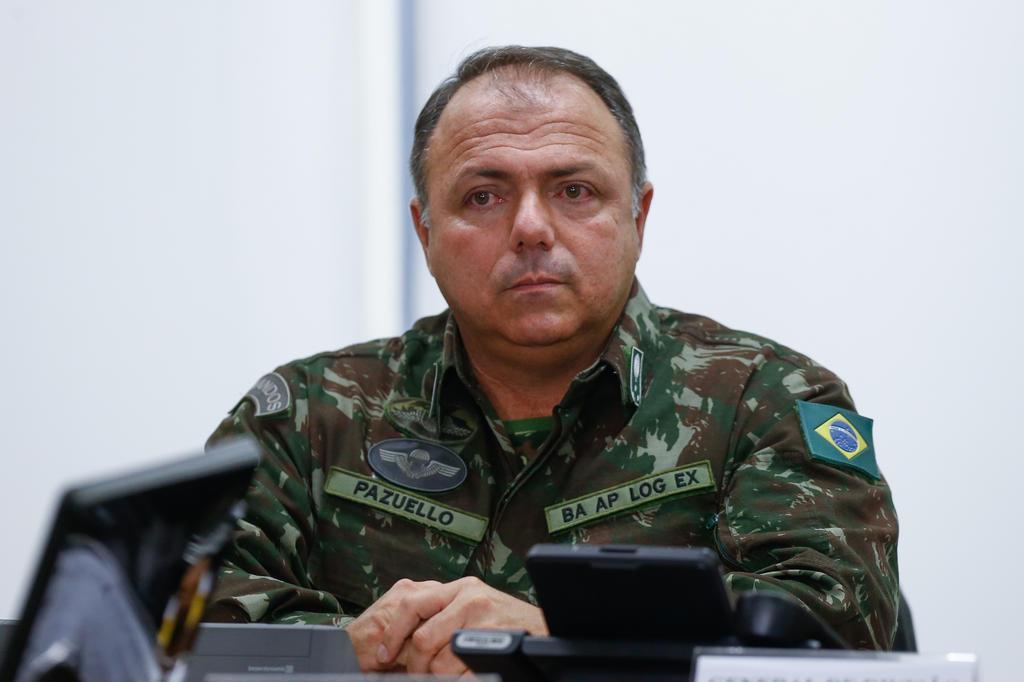 25646393 - Ministro da Saúde nomeia mais 4 militares do Exército para cargos na pasta