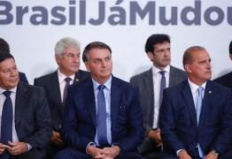 Bolsonaro ameaça demitir ministro que não ceder cargos ao centrão