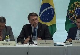 'Soa como um desespero do presidente diante do avanço das investigações', analista comenta o post do presidente Jair Bolsonaro