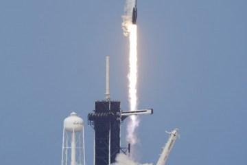 ap20151703327844 - Foguete da SpaceX com dois astronautas é lançado na Flórida - VEJA VÍDEO