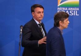 Segundo revista, Bolsonaro convidou general para ocupar o lugar de Teich