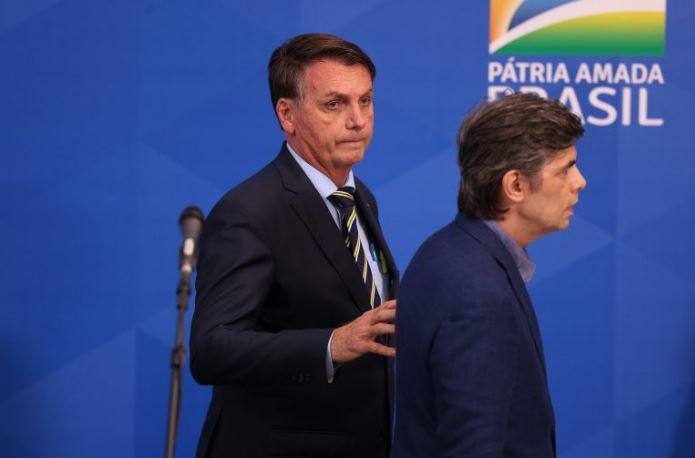 boso - Segundo revista, Bolsonaro convidou general para ocupar o lugar de Teich