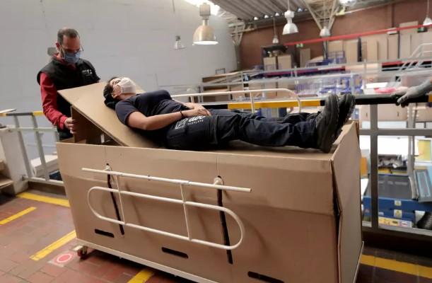 cama - CAMA-CAIXÃO: Empresário colombiano cria cama hospitalar que pode ser convertida em caixão