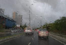 Alerta de chuvas com perigo potencial é emitido para 109 cidades da Paraíba pelo Inmet