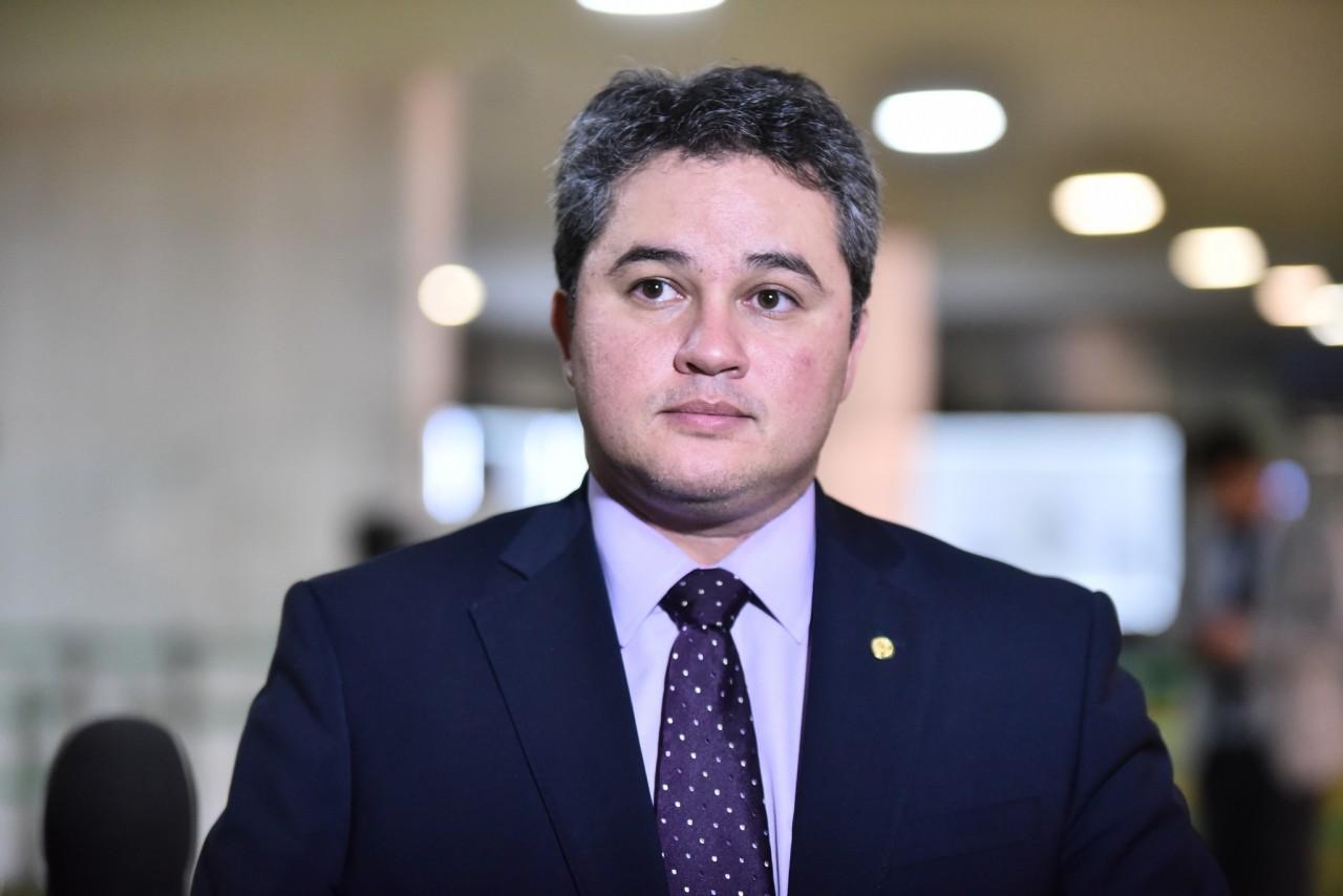 DNIT agradece empenho de Efraim Filho para finalização de obras na BR-426/PB