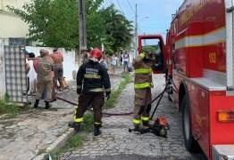 Incêndio atinge casa no bairro de Jaguaribe, em João Pessoa