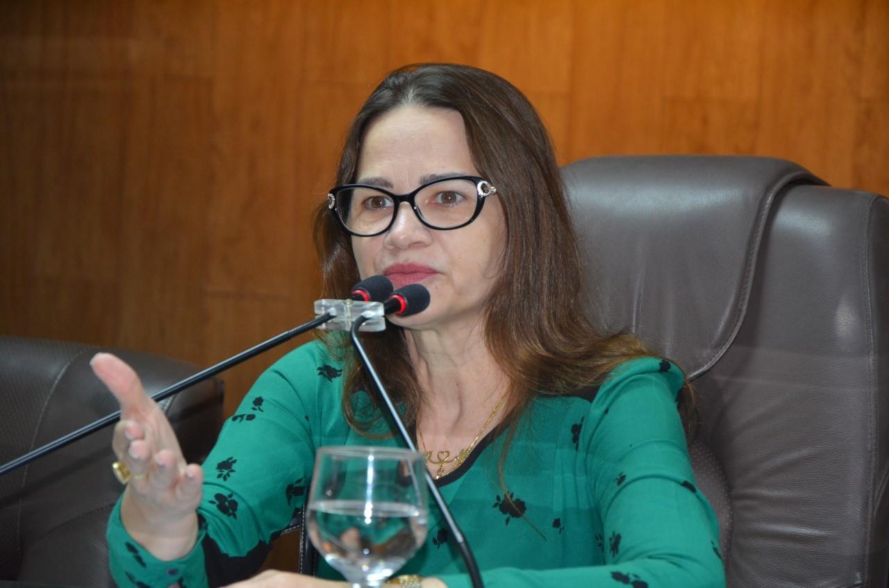 ivonete - Ivonete Ludgério sobre Tovar Correia: 'se for o escolhido por Romero, não voto'