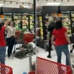 mulher 3 17353846 - Aos gritos, clientes expulsam de mercado mulher que não usava máscara