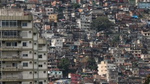naom 5ec3f15c37ce7 300x169 - Em meio à pandemia, Brasil tem 5,1 milhões de domicílios em favelas