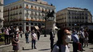 naom 5ece7536caa90 300x169 - Espanha inicia luto oficial em memória de 27.117 mortos