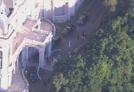 OPERAÇÃO PLACEBO: Polícia Federal cumpre mandado na residência oficial de Witzel