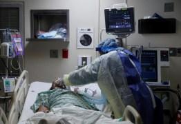 EUA têm 382 mortes por Covid em 24 horas, menor número desde abril