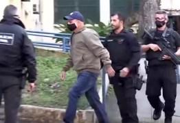 MP diz que Queiroz recolheu R$ 2 mi em 'rachadinha', 70% em dinheiro vivo