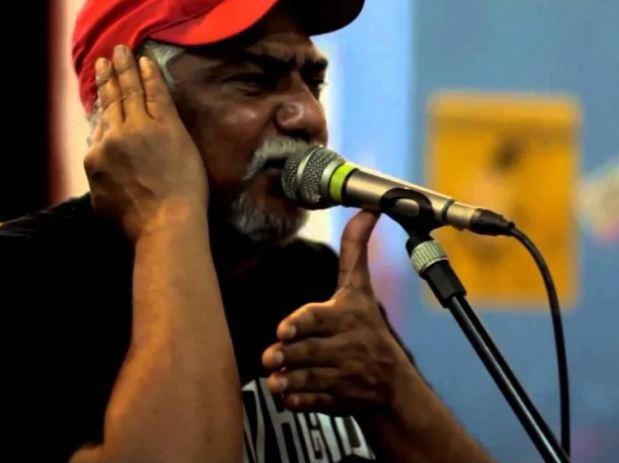 Capturar 1 - Cantor paraibano Totonho sofre choque com fone de ouvido e pode perder parte da audição