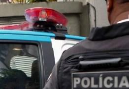 Policial civil negro é abordado e agredido por PM enquanto levava suspeitos