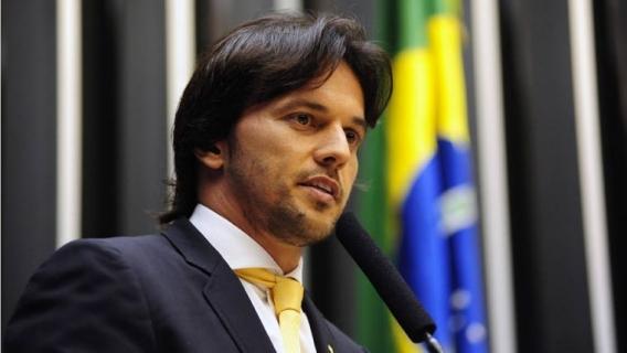 Fabio Faria   Agencia Camara - Bolsonaro enterra, de vez, promessa de acabar com a velha política - Por Marcelo de Moraes