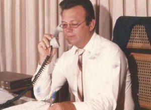 TIAO 300x218 1 - Tião, ex-prefeito de Serra Branca na PB morre de câncer na Bahia