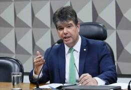 """""""As famílias sofrem, mas a prefeitura de João Pessoa agora está travando os recursos de Covid-19 para hospitais filantrópicos"""", diz Ruy Carneiro"""