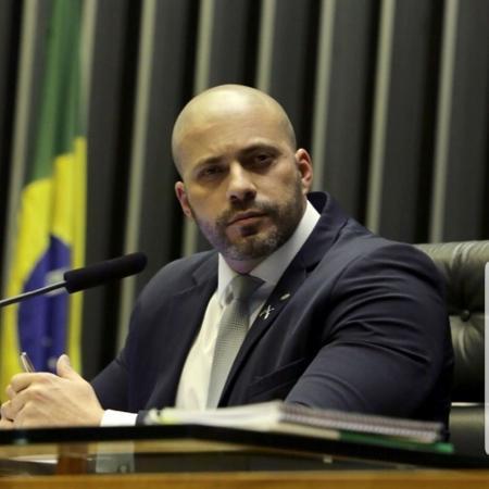deputado daniel silveira psl rj 1571343886774 v2 450x450 - Deputado bolsonarista ameaça atirar em manifestantes antigoverno - VEJA VÍDEO
