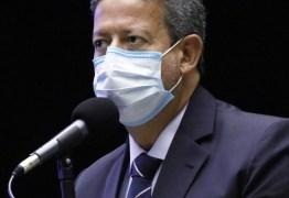 Com apoio do Centrão, Bolsonaro constrói base para barrar impeachment