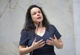 """""""Foi para isso que derrubamos Dilma?"""", desabafa Janaína Paschoal sobre governo Bolsonaro"""