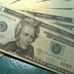 mca abr 10071918653 - Dólar tem maior queda diária em dois anos e fecha a R$ 5,21