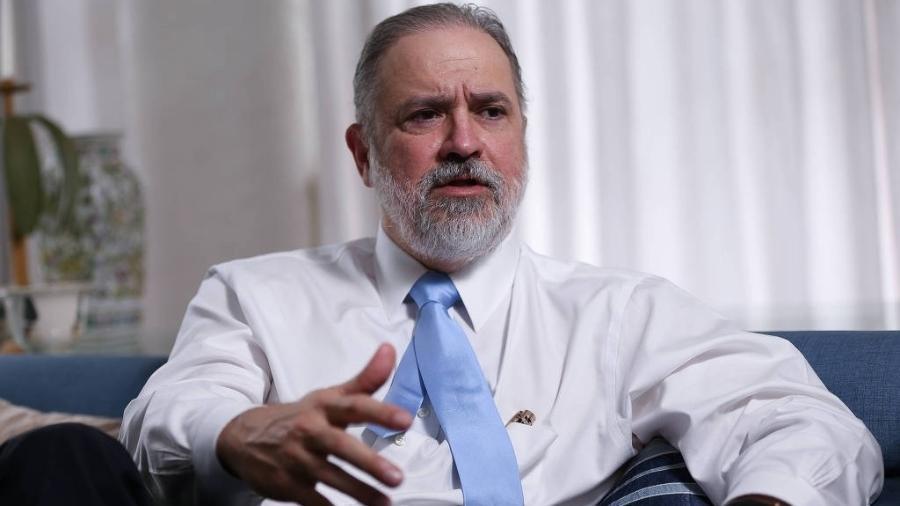 o subprocurador geral da republica augusto aras 1565597820488 v2 900x506 - Augusto Aras nega que tenha se posicionado contra inquérito das fake news - VEJA VÍDEO